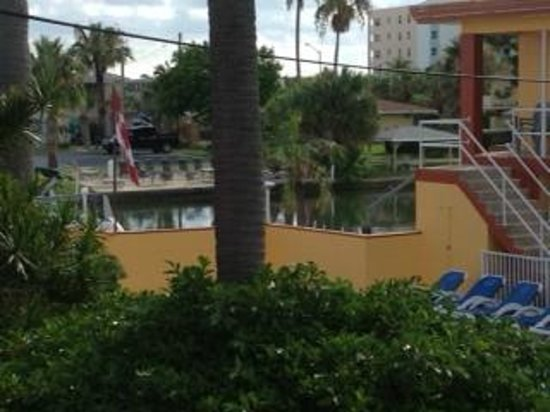 ‪‪Sea Jay Motel‬: View of canal‬