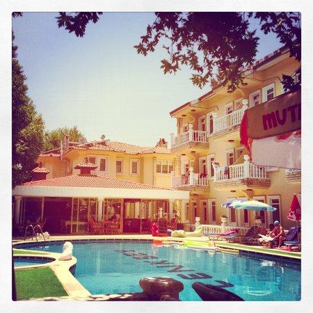 Cenk Bey Hotel: #cenkbeyhotel