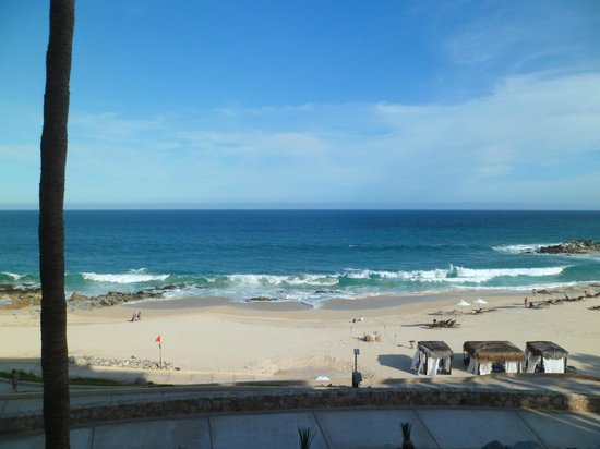 Hilton Los Cabos Beach & Golf Resort : View from our oceanfront balcony room
