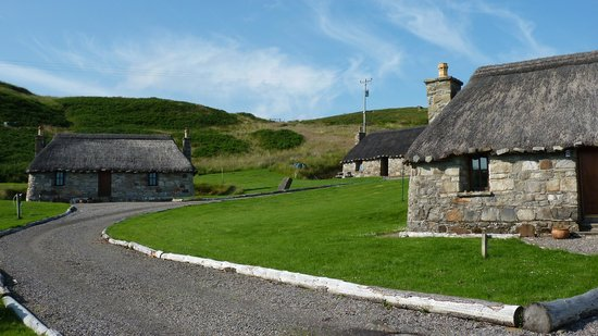 Mary's Cottages : Marys' Thatched Cottages