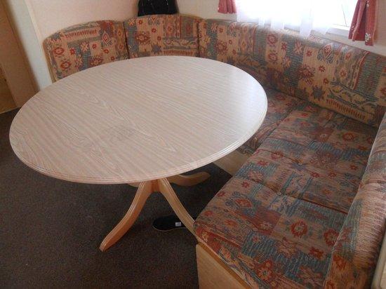 Beverley Holidays: Dining Area