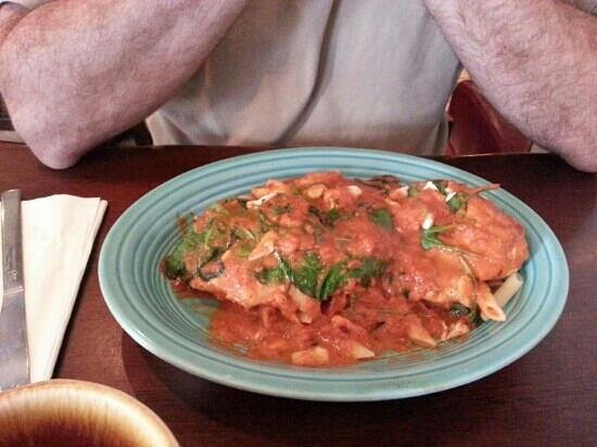 La PizzaTega Restaurant : Chicken Castillo