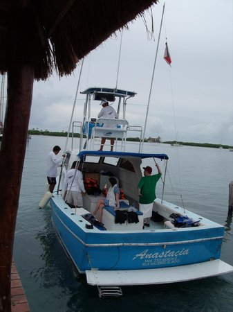 Bahia Tortuga: Our Whale Excursion Boat with On Isla Mujeres