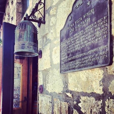 Buena Vista Winery : Exterior