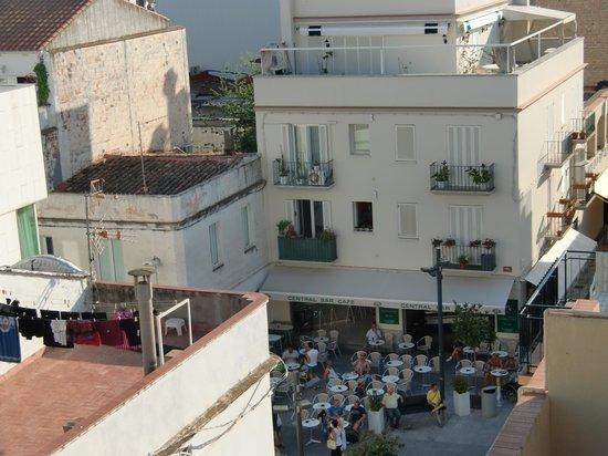 Parrots Sitges Hotel : vista desde el cuarto piso