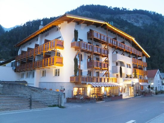 Hotel Tyrol: Good value for money.