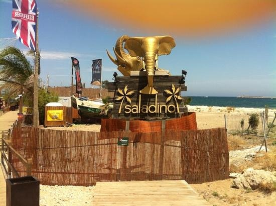 Denia, Spanien: Beach Club Saladino