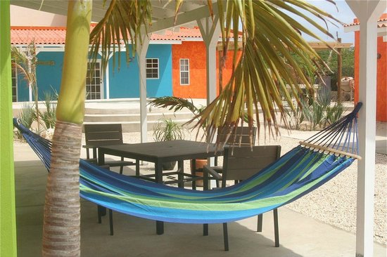CoralSea Apartments Bonaire: Porch sets and hammocks to enjoy it all