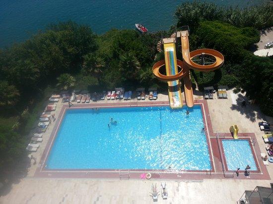 Nazar Beach Hotel : havuz..