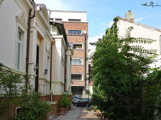 Hotel Michelangelo: courtyard view