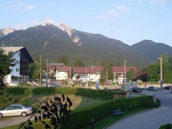 Hotel Elite Seefeld: The view from the rooms balcony