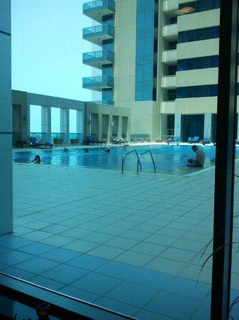 Gino Panino: pool view