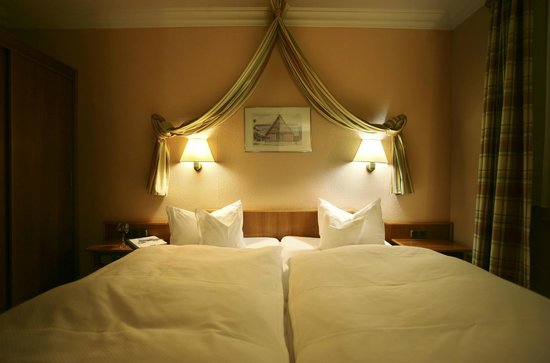 Hotel Grüne Tanne Mandelholz: Komfortable Gästezimmer, modern, stilvoll und individuell eingerichtet.