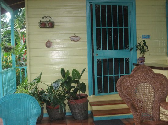 Casa de las Tias: Welcoming porch entry