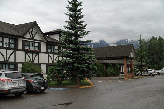 Prestige Hudson Bay Lodge : Hudson Bay Lodge