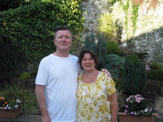 Carno House: Hosts extraordinaire!  Gary and Linda Hall