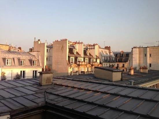 Grand Hotel Saint-Michel: view from our room
