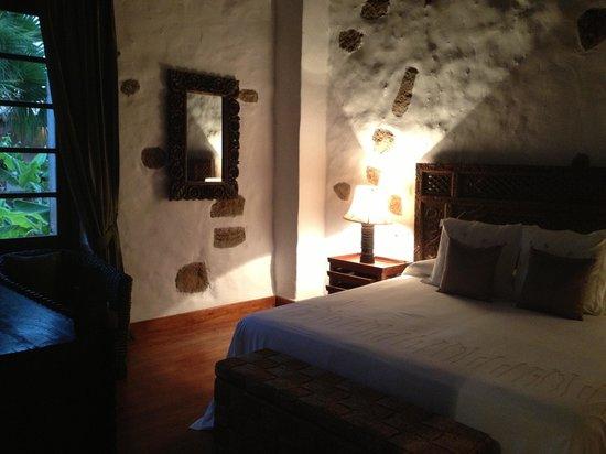 Hotel Boutique & Villas Oasis Casa Vieja: Camera incantevole