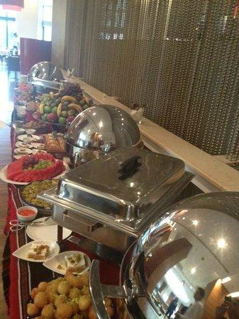 Movenpick Hotel Ramallah: Desserts buffet