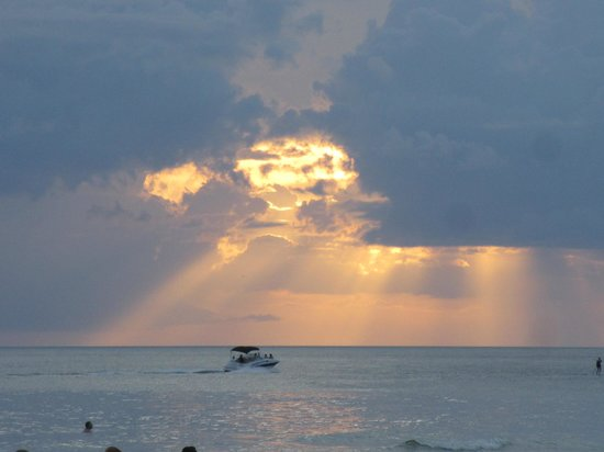 Crescent Arms Condominiums: Rays of Light over Crescent Beach