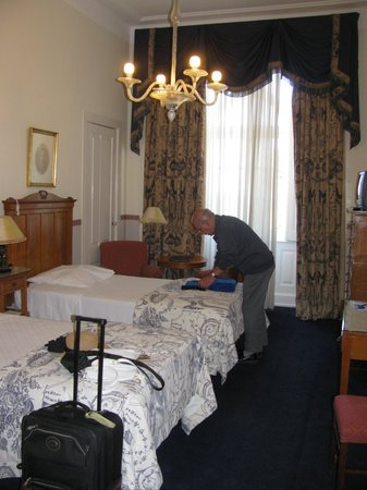Bussaco Palace Hotel: Our Bedroom