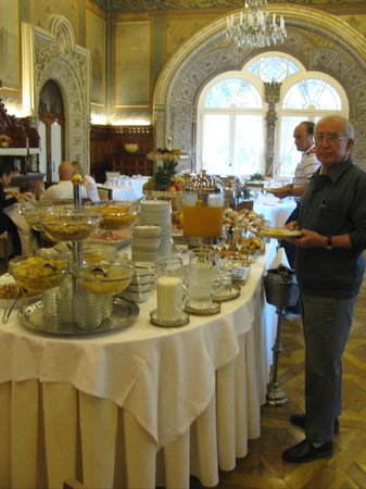 Bussaco Palace Hotel: Part of the Breakfast Buffet