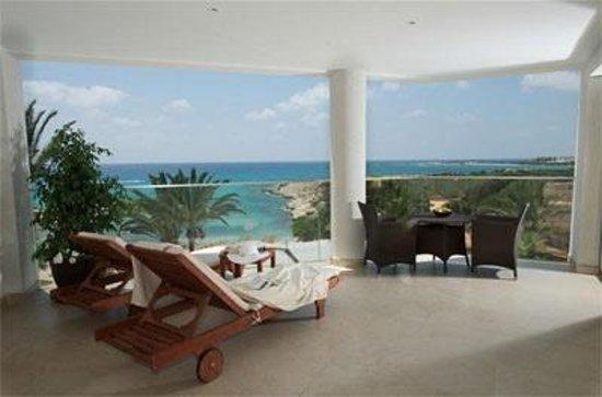 Deluxe Wing Aussicht Bild Von Adams Beach Hotel Ayia Napa
