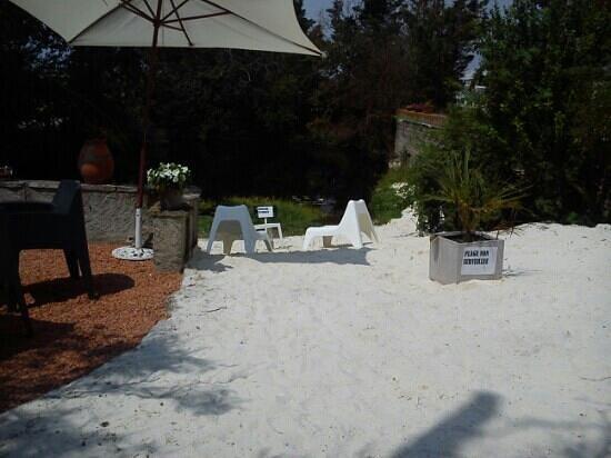 Ma table: plage de sable blanc !