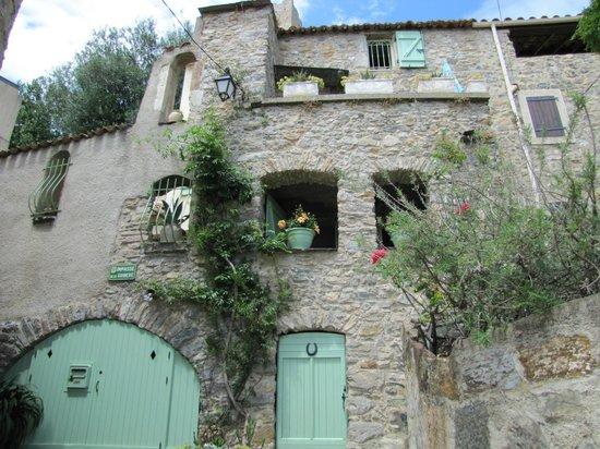 Domaine La Veronique: Roquebrun