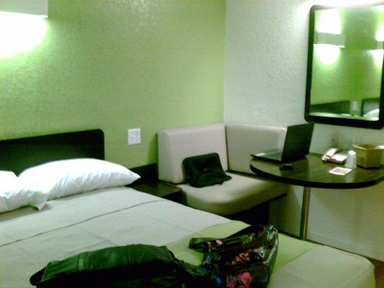 Days Inn Scottsbluff: Work area nook