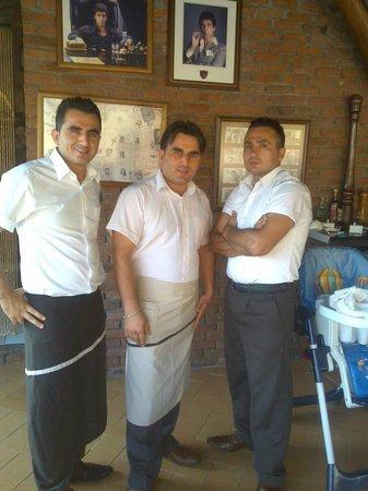 Castelleo's: Castelleos