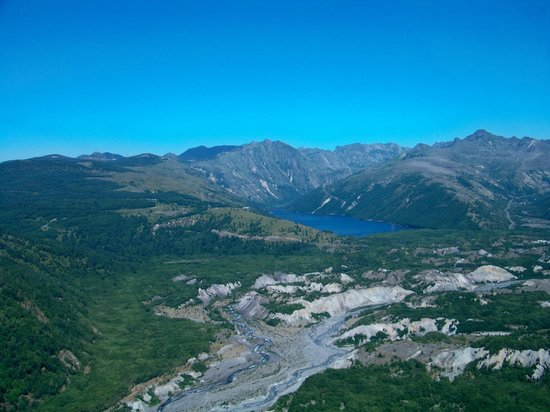 Mt St Helens Helicopter Tours: Coldwater Lake?