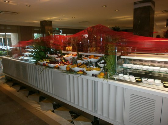 Trendy Verbena Beach Hotel: Buffet