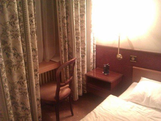 Hotel Des Alpes: Chambre