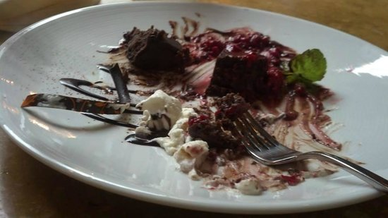 BlackSalt Fish Market & Restaurant : shared dessert