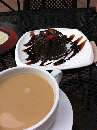 Rimini : Chocolate cake & Coffee