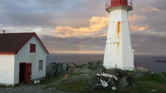 Quirpon Lighthouse Inn: Rainbow sunset over the North Atlantic