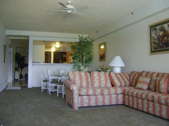 Sands of Kahana: living room