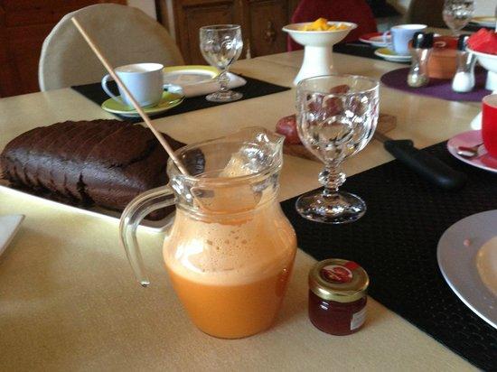 Hotel Barosse: Rico zumo recién hecho