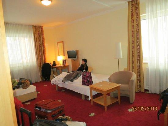 Der Salzburger Hof: habitacion cuádruple