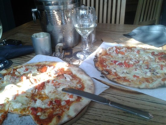 The Horseshoe Inn: Tasty pizzas