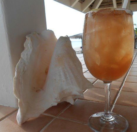 Jumby Bay, A Rosewood Resort: Genny's Rum Punch
