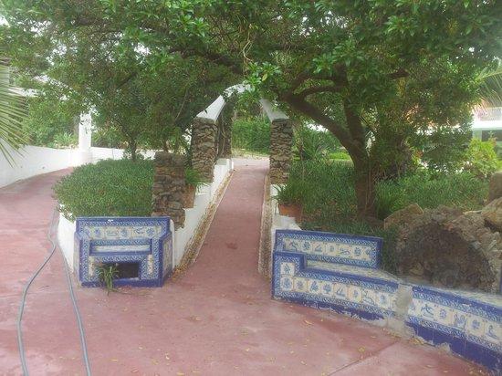 Villa Unika: garden