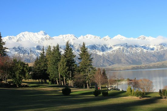 Queenstown Golf Club: Another great hole.