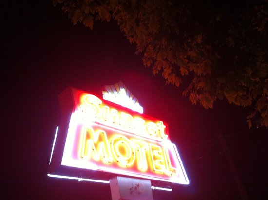 Sunset Motel: If you see this sign, get a room.