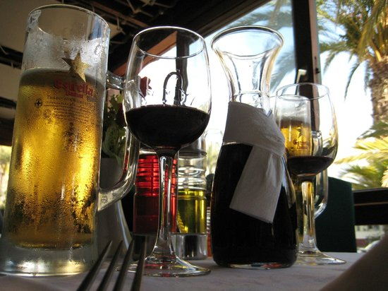 Restaurante Tango: perfect Canarian red wine