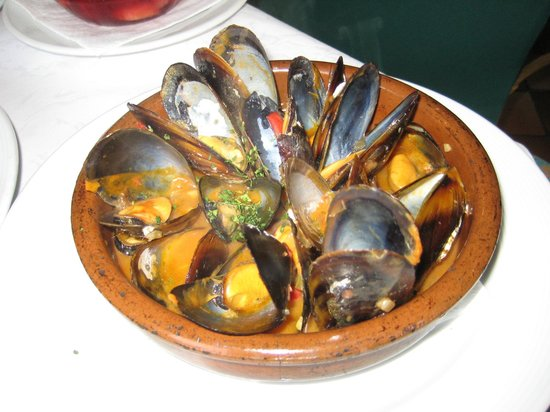 Restaurante Tango: Mussels for starter -  simply Perfect
