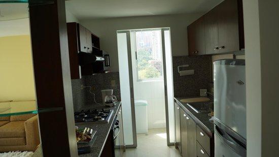 Affinity Aparta Hotel: Cozinha do apartamento