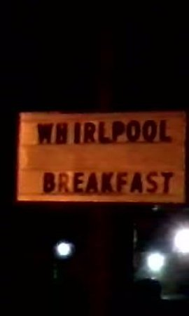 Super 8 Dodgeville: Didn't Know you could get breakfast in the whirlpool?!
