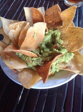 Miguel's: Guacamole & Chips